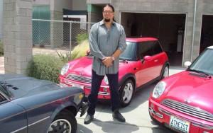 112_0906_03z+penn_jillette+with_cars